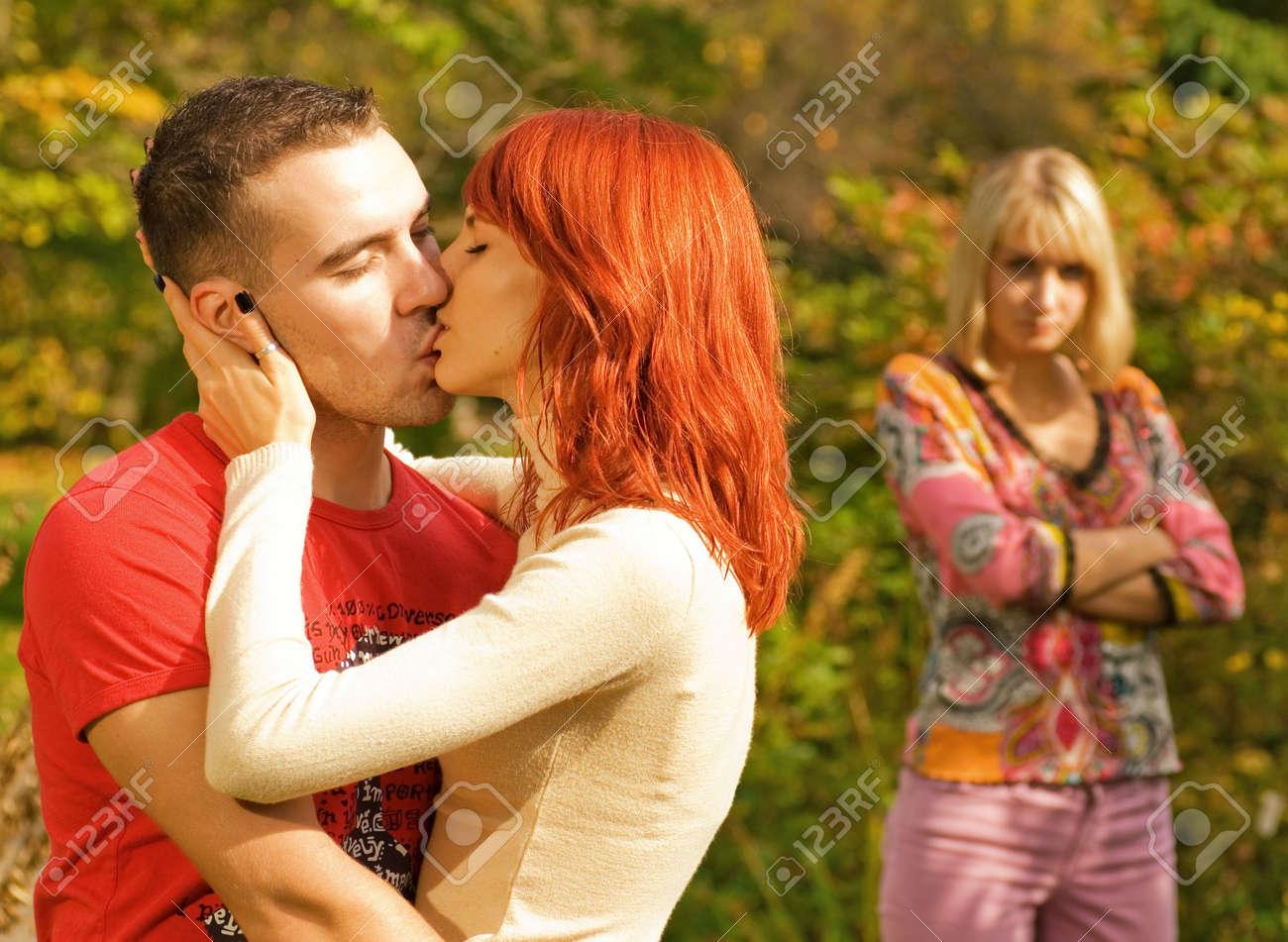 Предложила мужу подругу онлайн 27 фотография