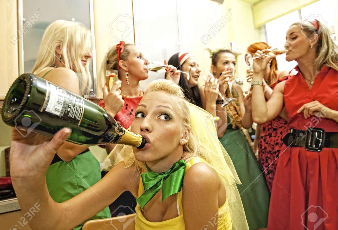 Фото с женских вечеринок 8 фотография