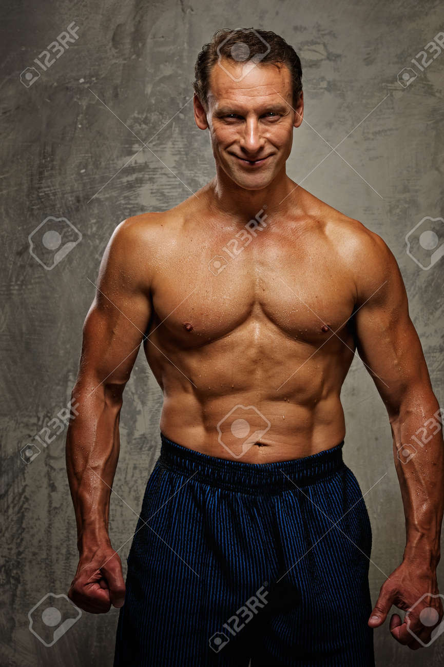 Handsome muscular man. Stock Photo - 10269630