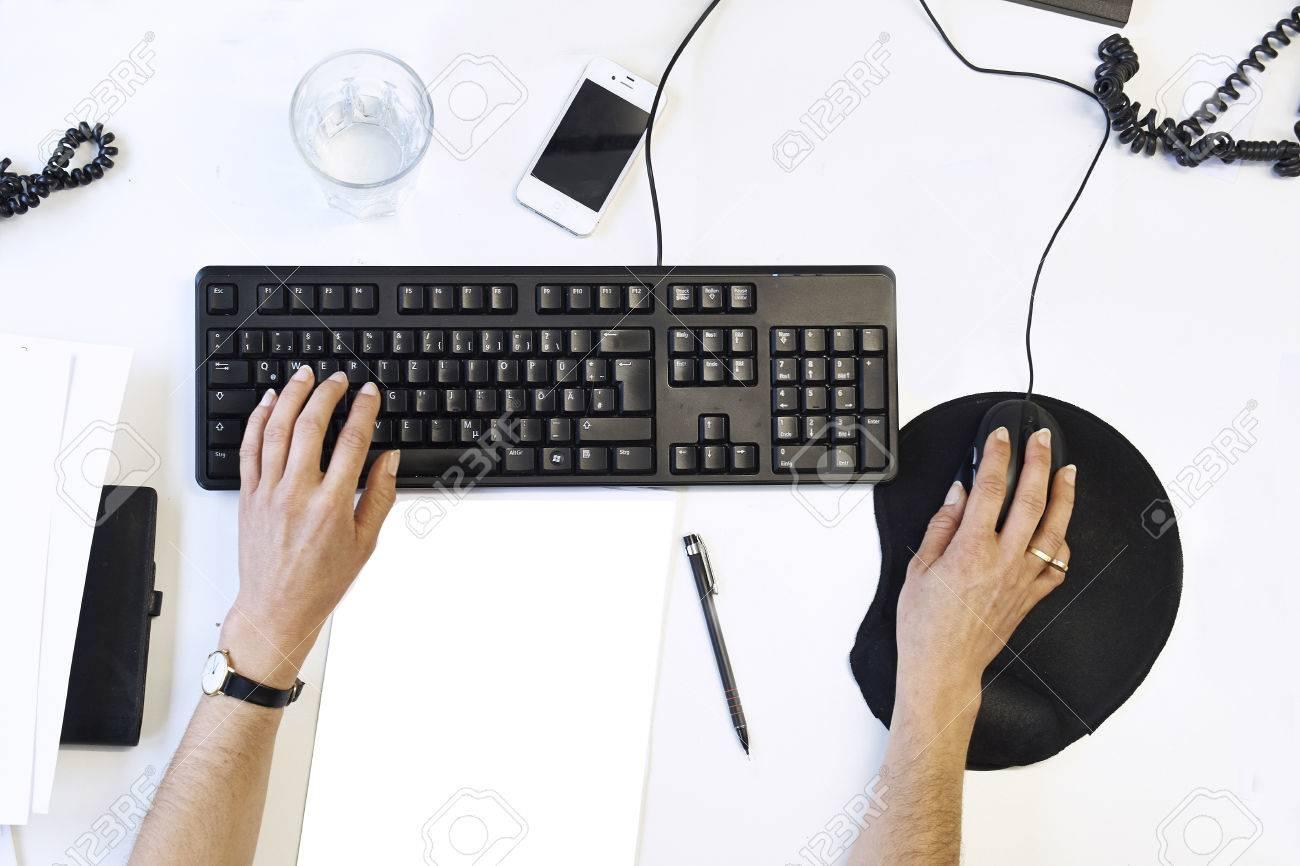 Desktop view from Top - 22967545