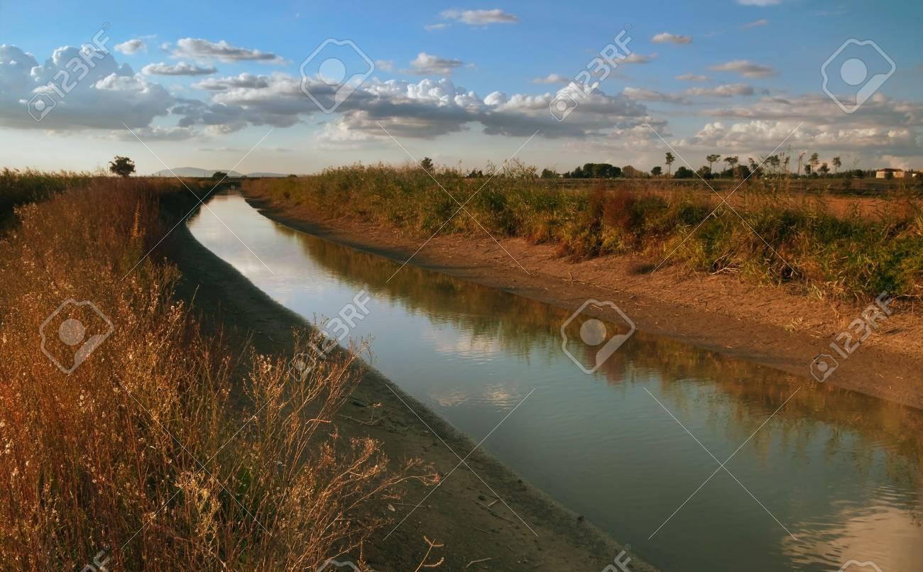 Typical landscape of Ribatejo region in Portugal during autumn season Stock Photo - 4684874