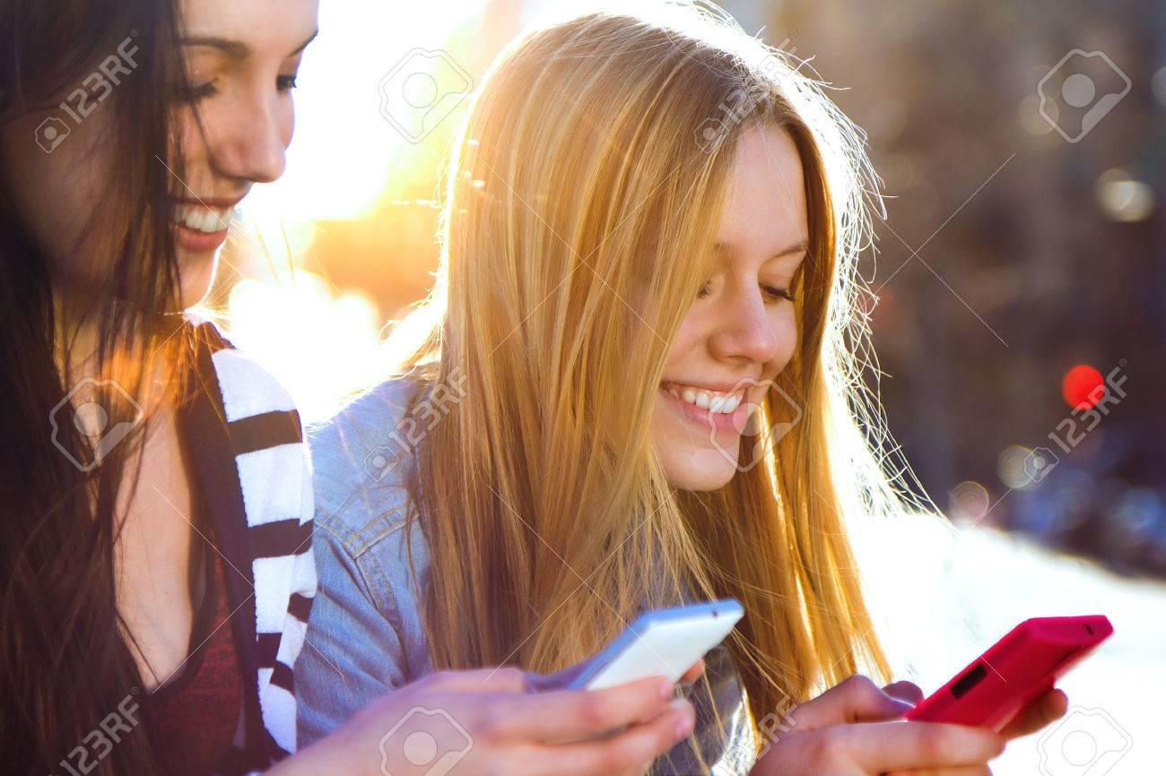 video porno gratis in auto chat per conoscere nuovi amici