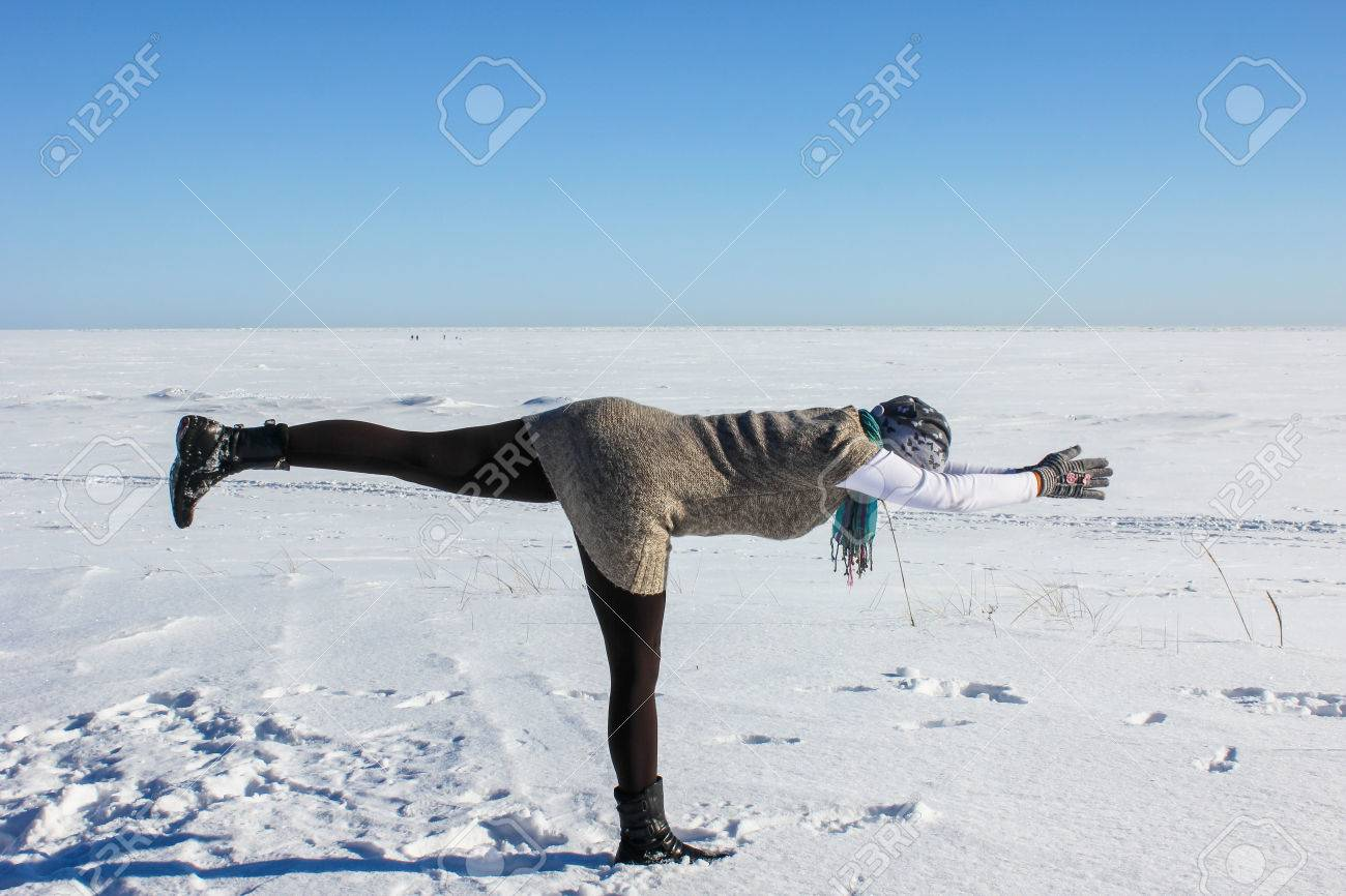 Йога зимой картинки