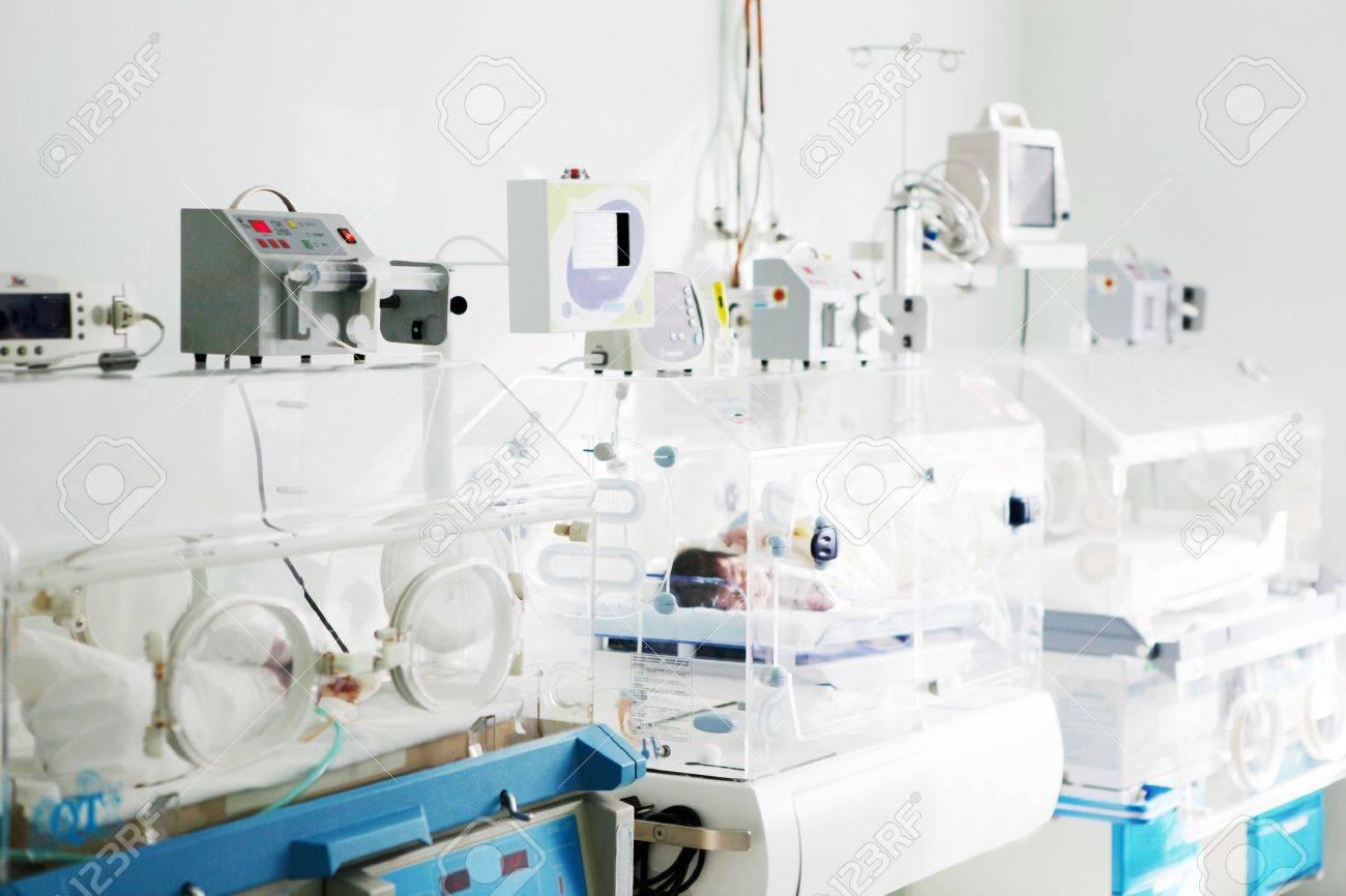 newborn baby  in incubator Stock Photo - 17452890
