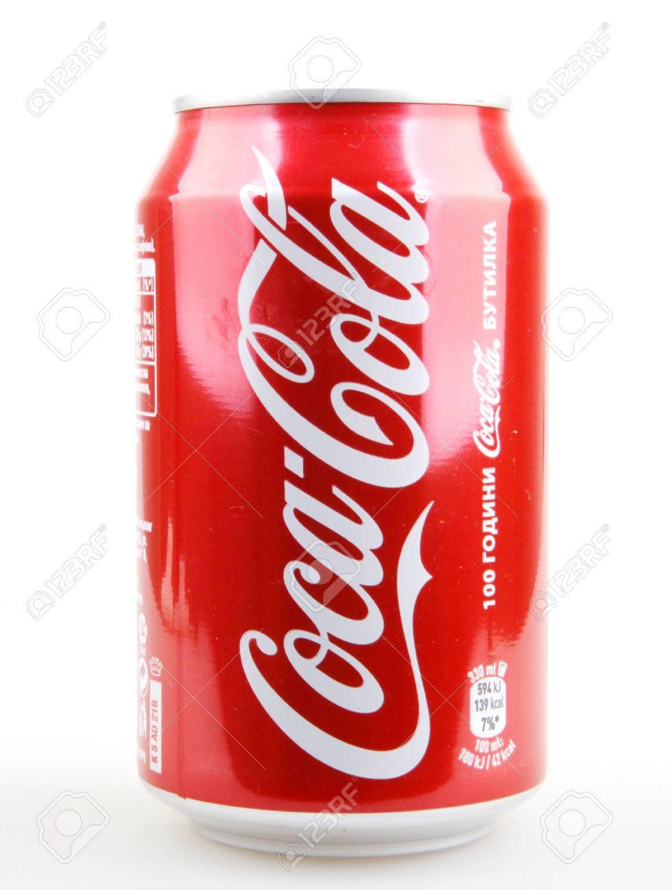 Aytos Bulgaria 4 Ottobre 2015 Coca Cola Isolato Su Sfondo Bianco
