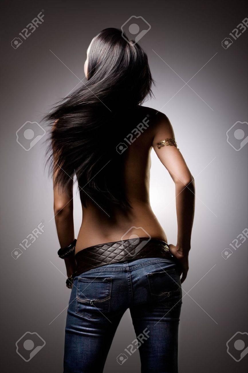 Фото красивые девушки с длинными черными волосами 26 фотография