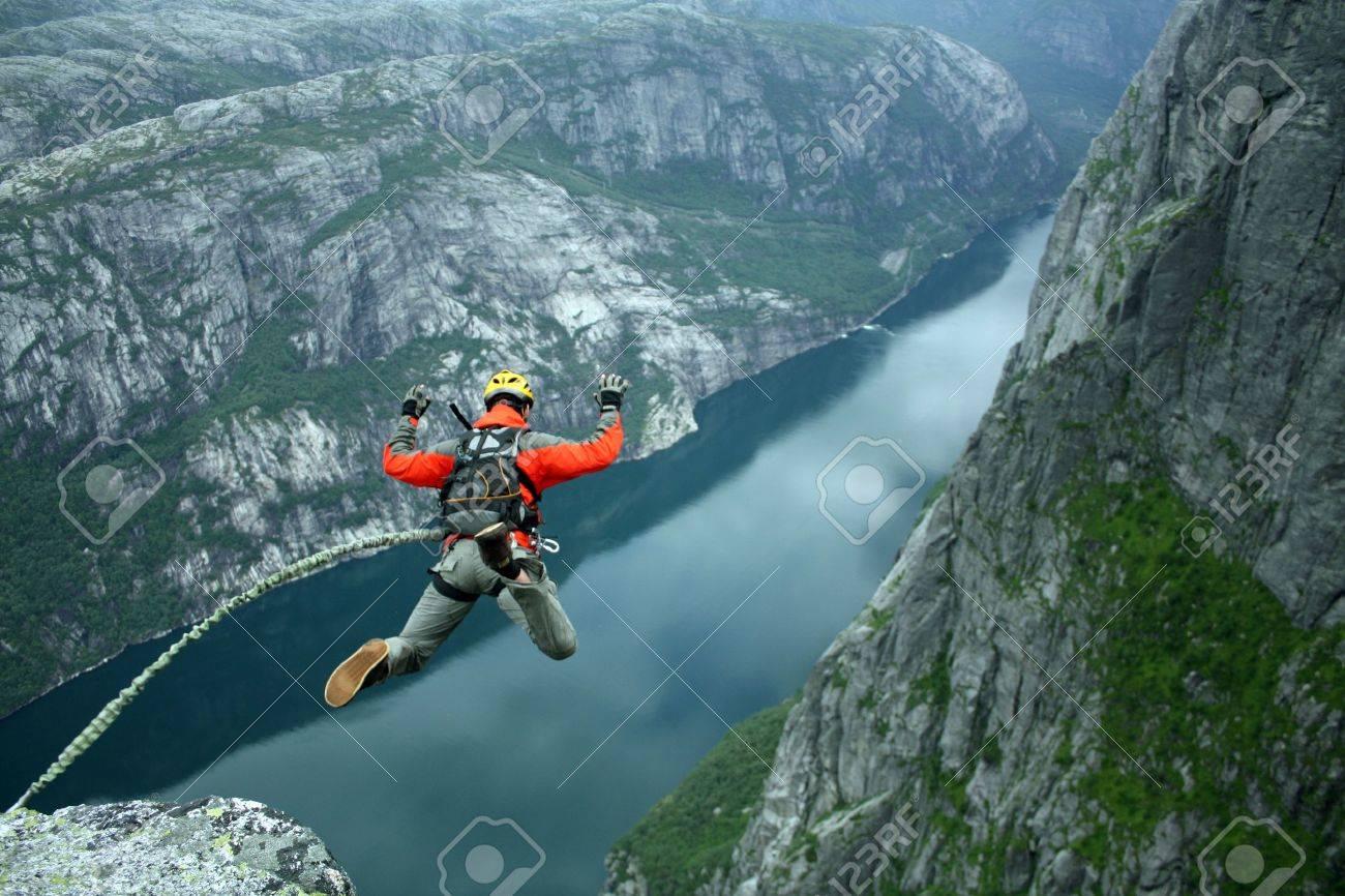 Rope jumping - 15937457