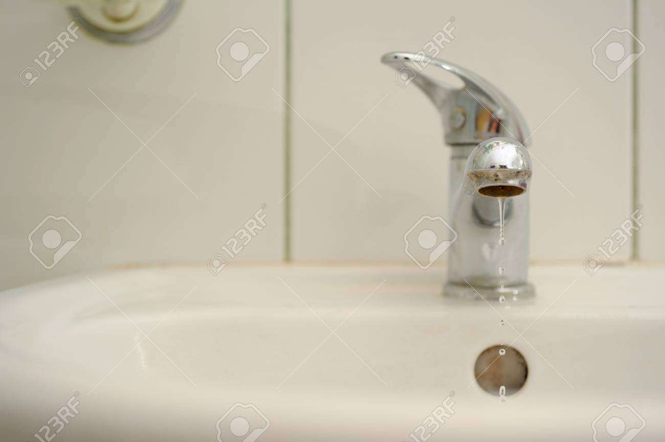 White washbasin in the bathroom. Stock Photo - 16856162