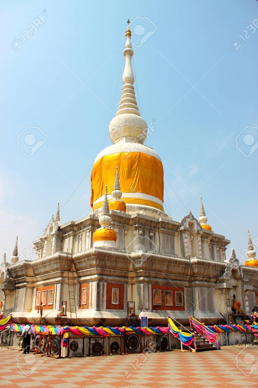 Nadun pagoda, Mahasarakam Stock Photo - 8979907