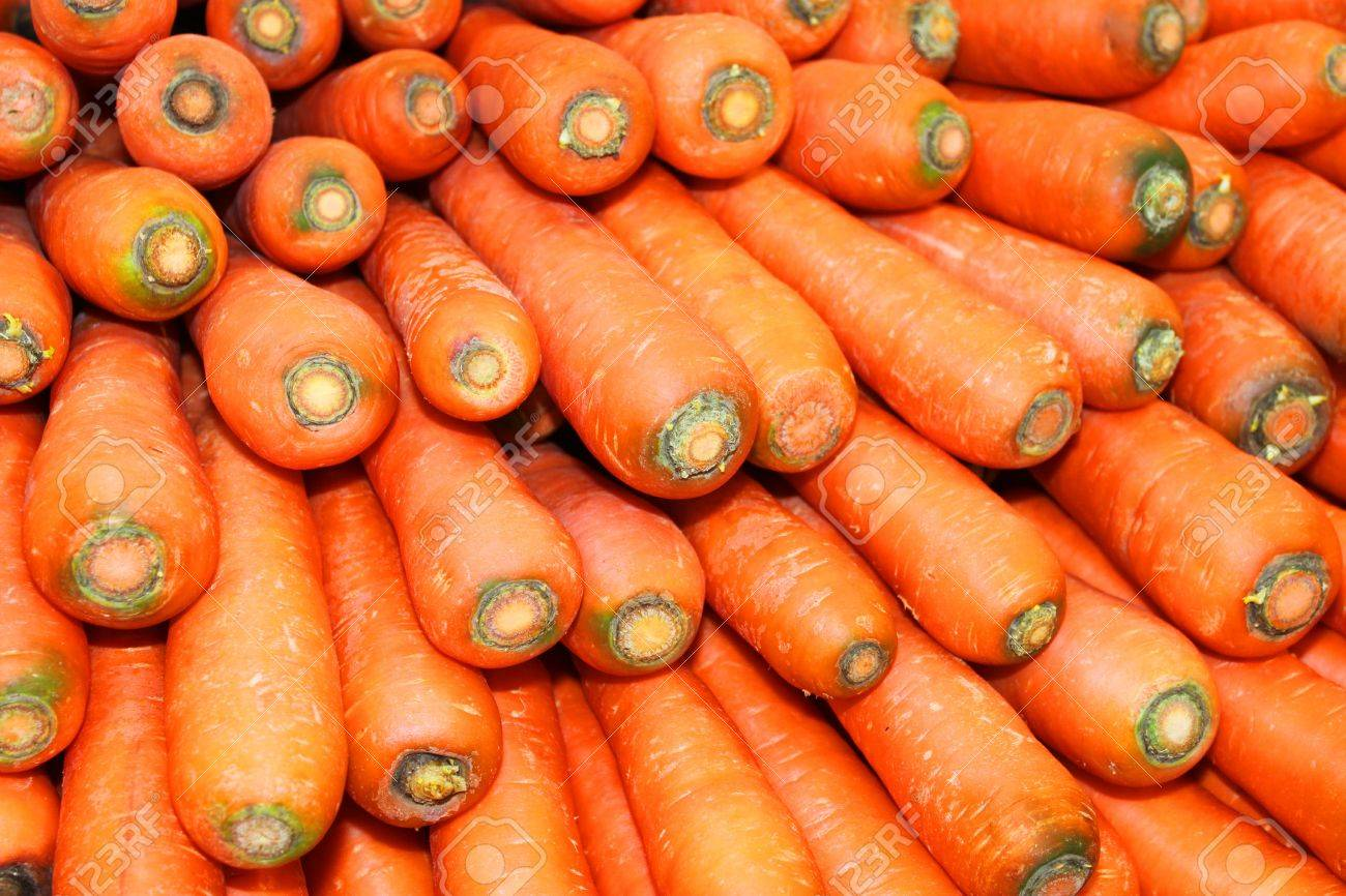 Pile of carrots in local fruit market of Thailand Stock Photo - 17100070
