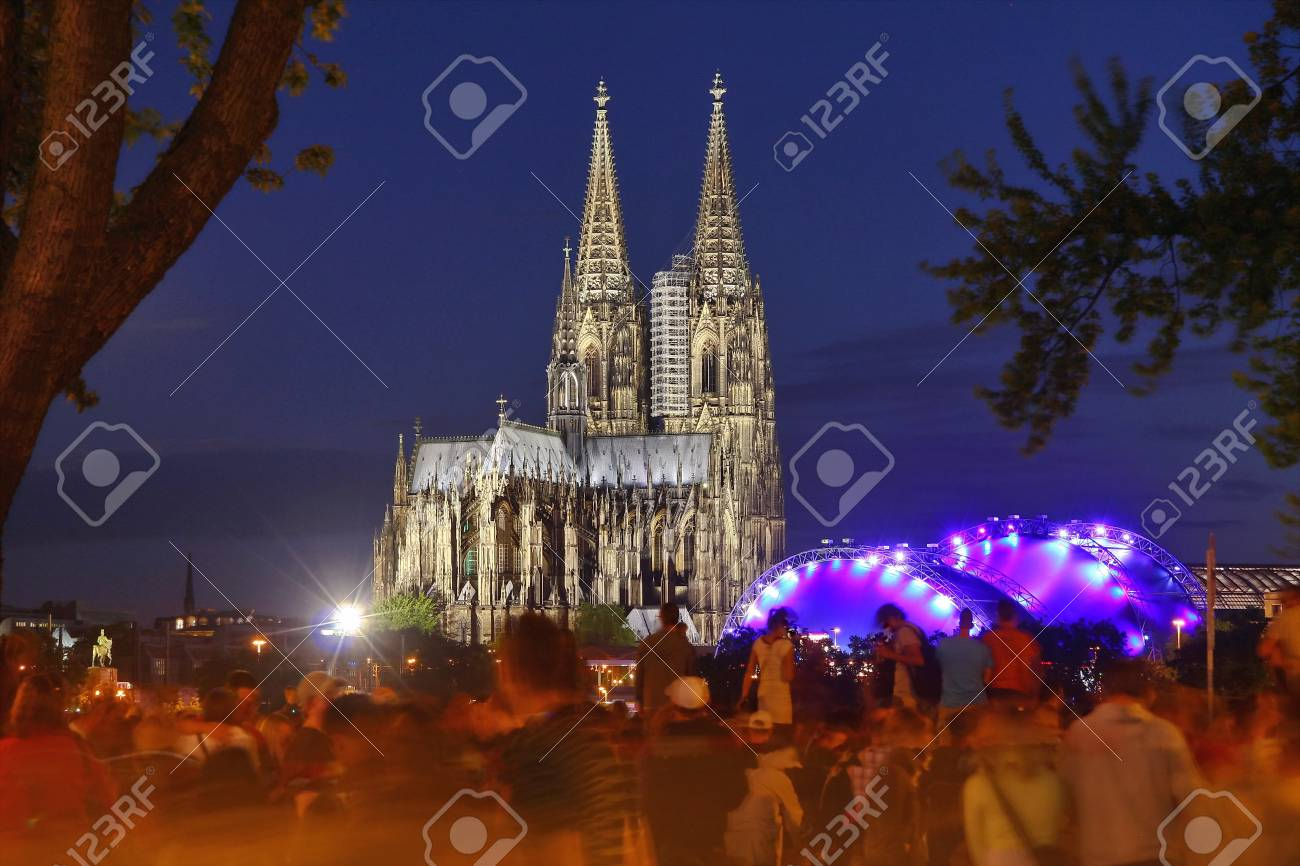Bridge and Cathedral in the Festival of Lights Stock Photo - 10901019