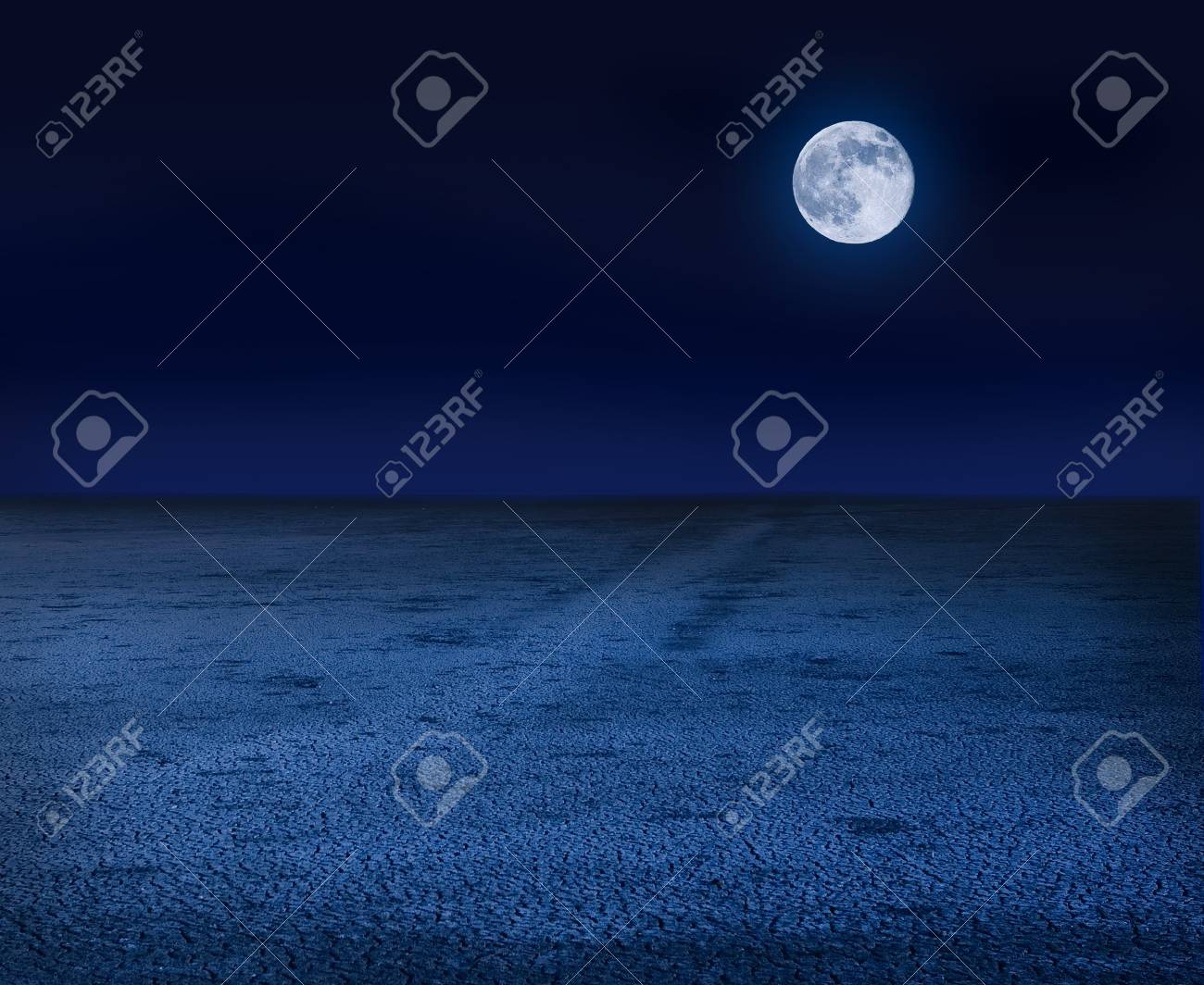 Moon over dry land - 85252360