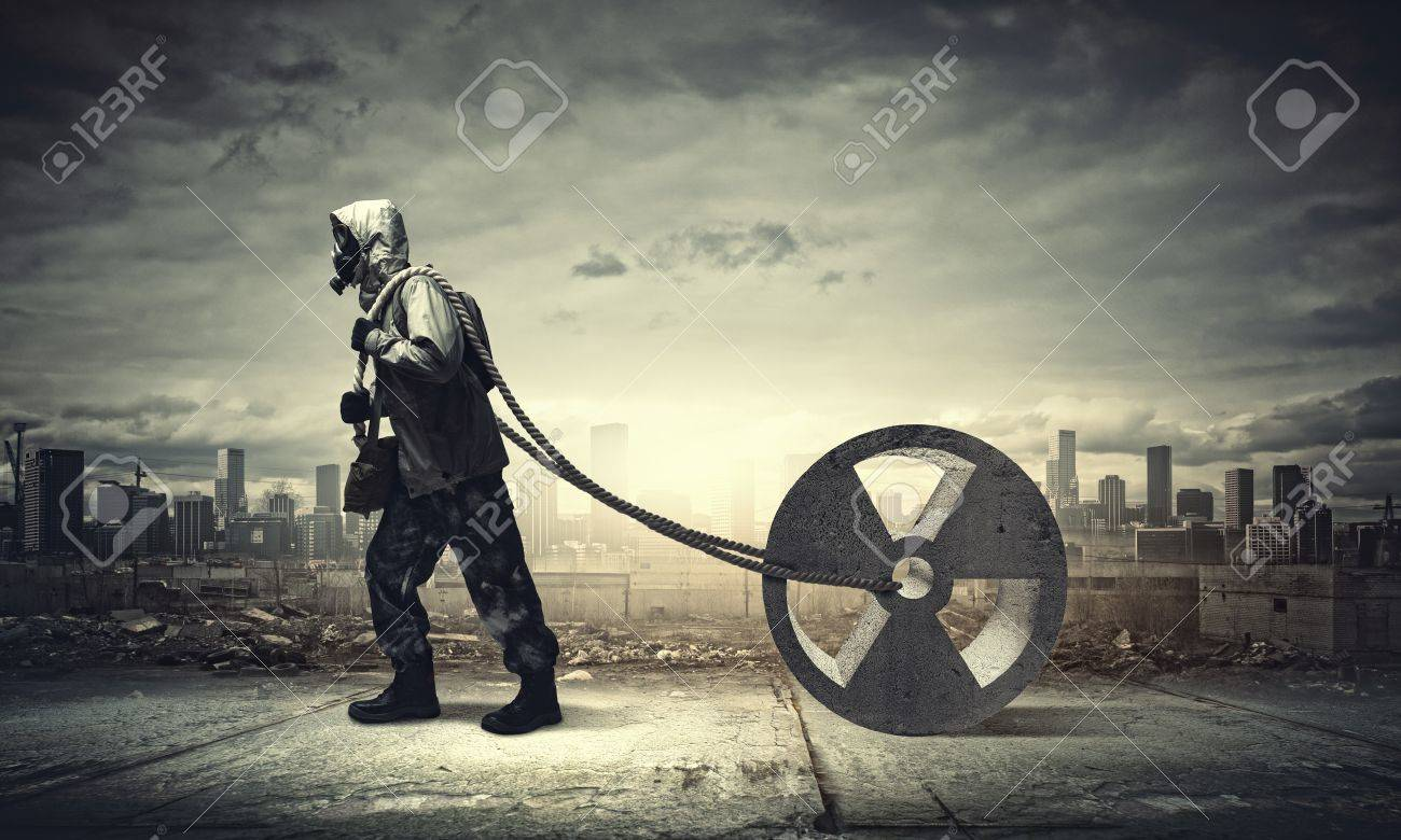 Man in respirator against nuclear background  Radioactivity concept Stock Photo - 21291574