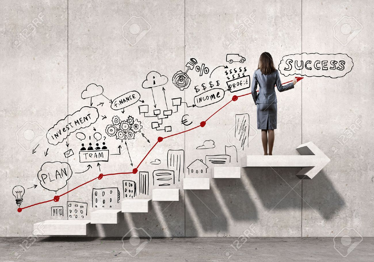 Businesswoman drawing strategy plan over ladder leading to success Stock Photo - 50599201