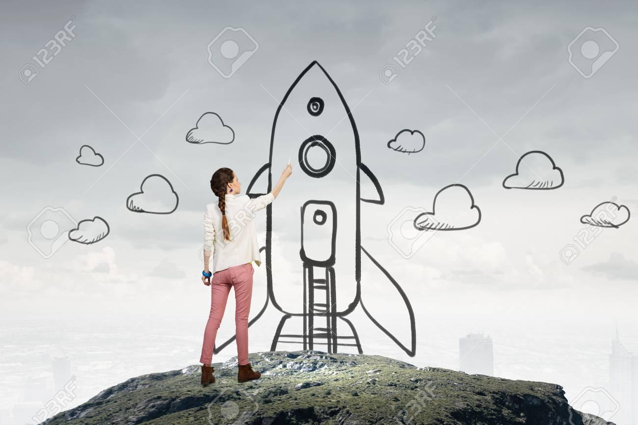 7777a8cd6c0f Ella está soñando para explorar el espacio. Técnica mixta Foto de archivo -  70389223