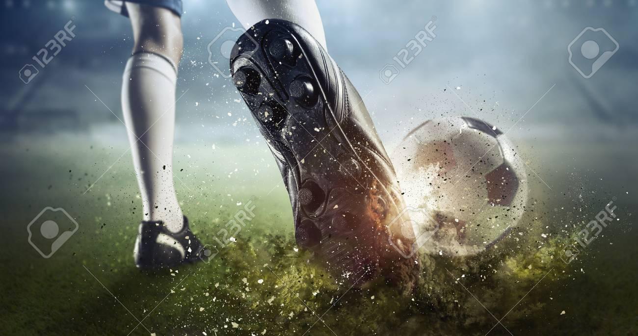 Soccer goal moment. Mixed media - 89220894