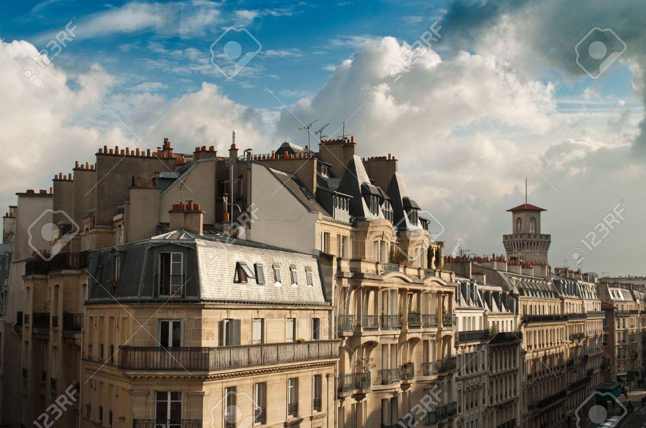 typical ancient parisian Building in Paris - France - 31333745