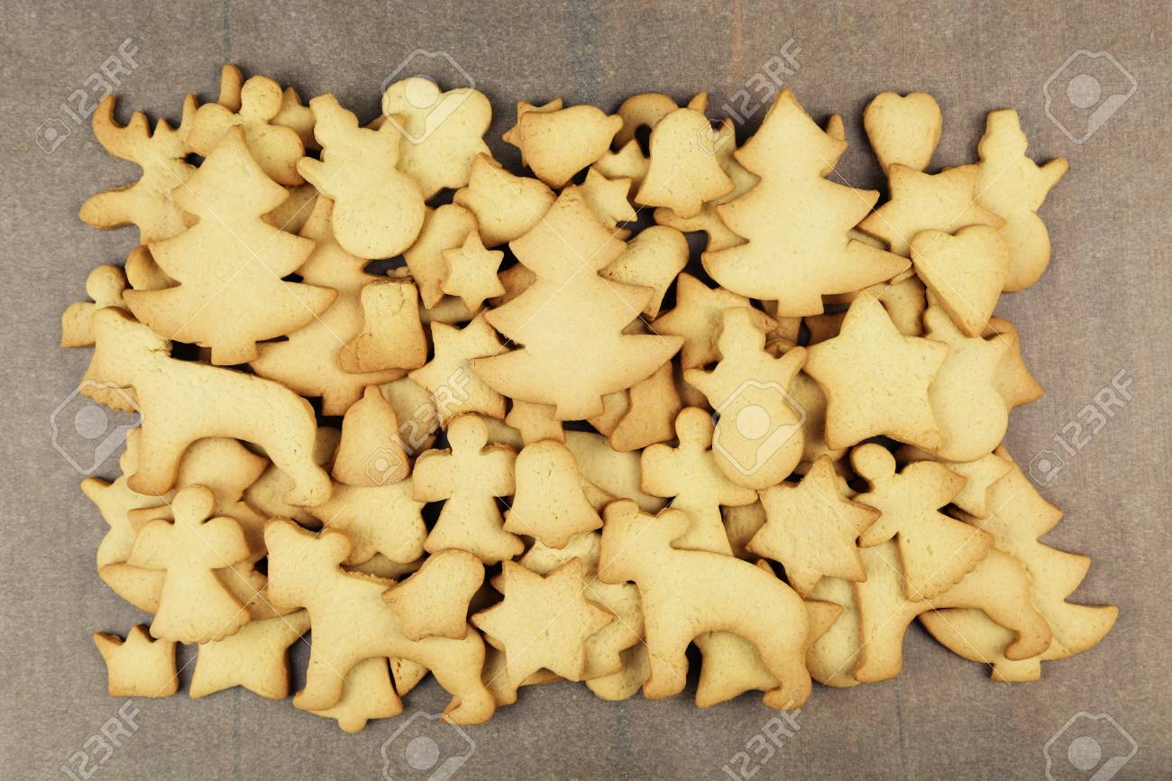 Weihnachtsgebackene Butterkekse Lizenzfreie Fotos, Bilder Und Stock ...