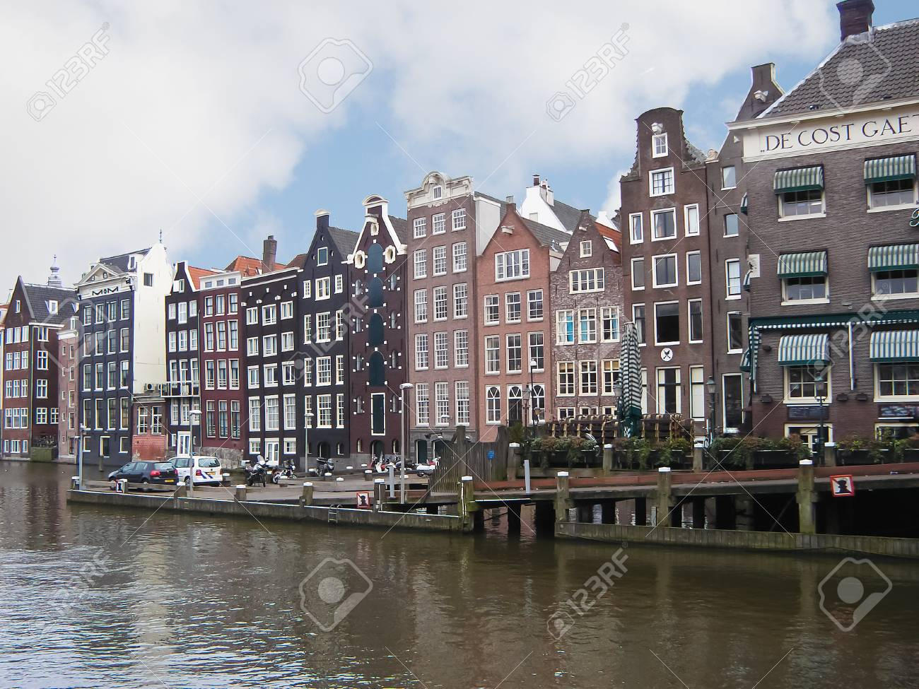 Amsterdam canal houses Stock Photo - 17124682