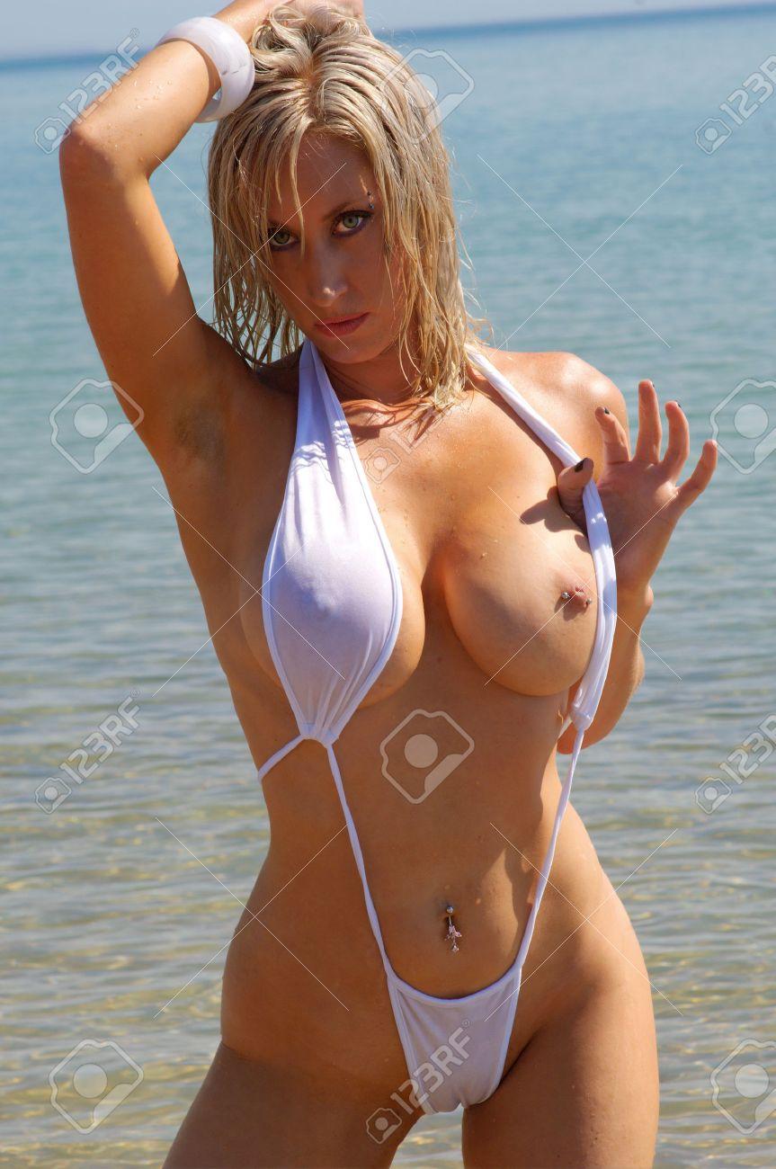 rahyndee james naked