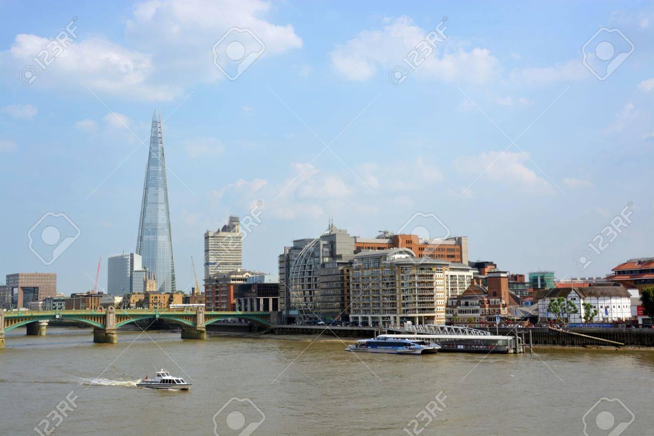 The Shard Building, Globe Theatre   Thames River London  Stock Photo - 23271642
