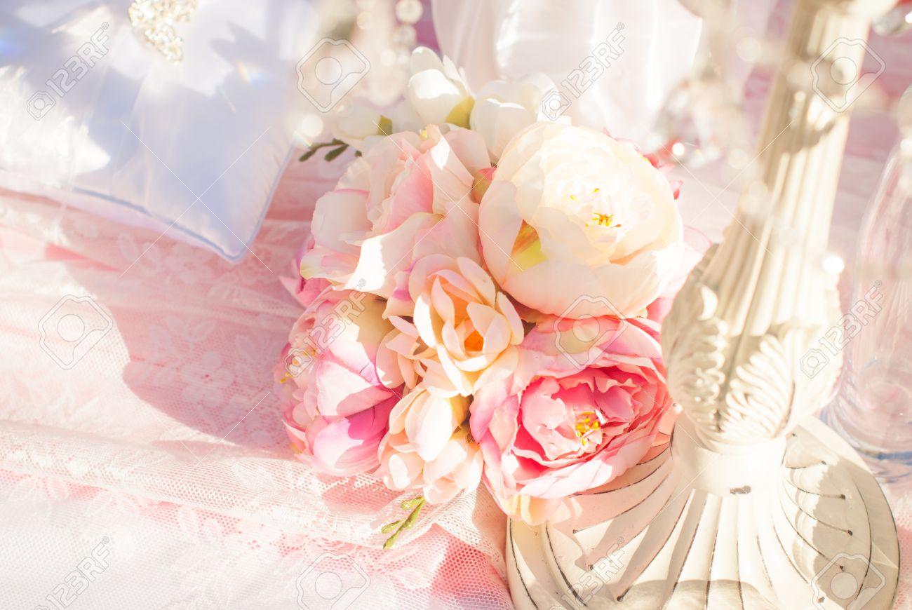 bright luxury wedding flowers background