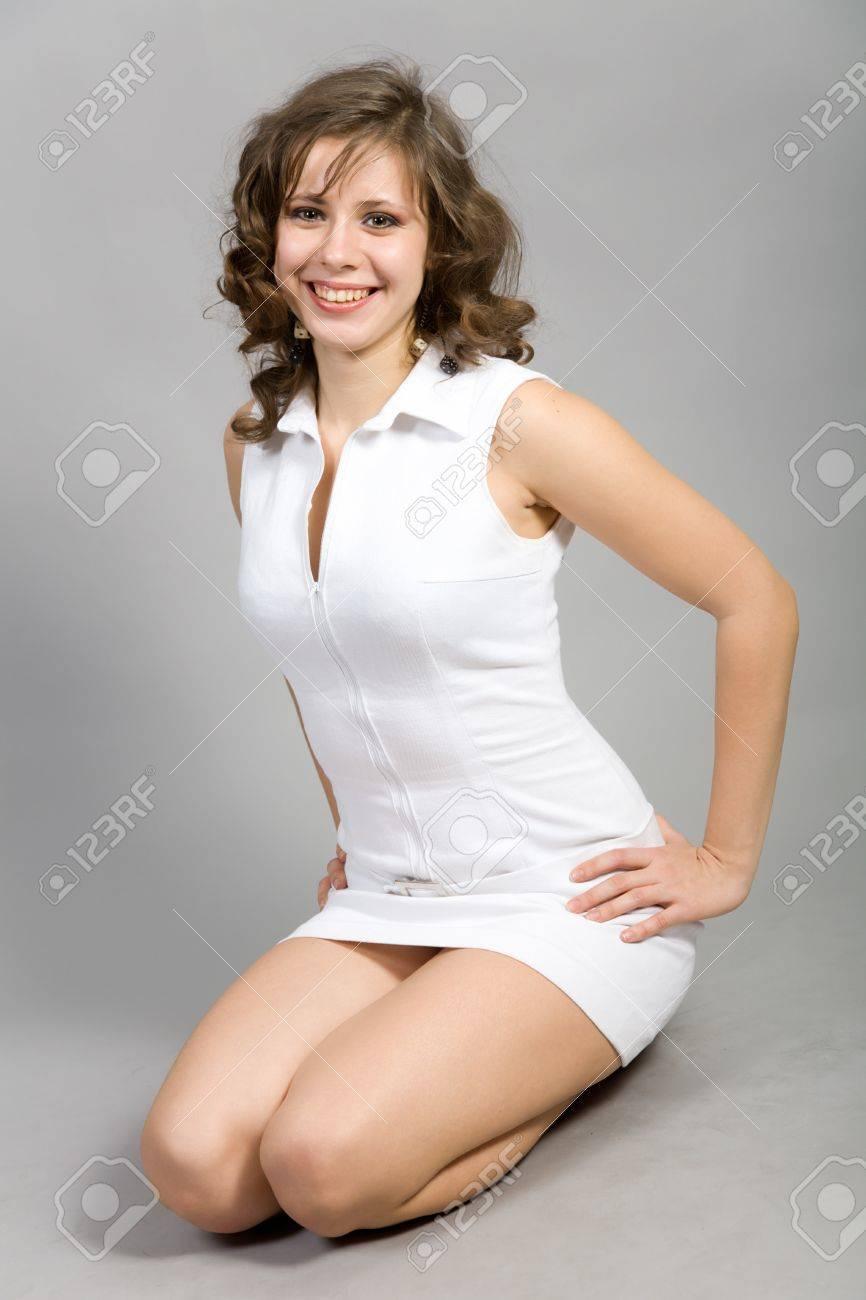 Фото красивых девушек в платье коротком