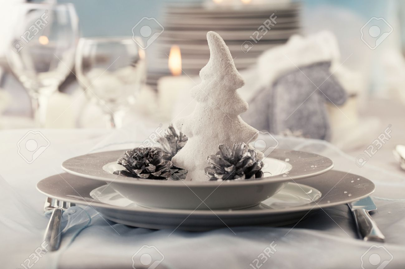 Christmas Table Setting Restaurant Place Setting In Elegant