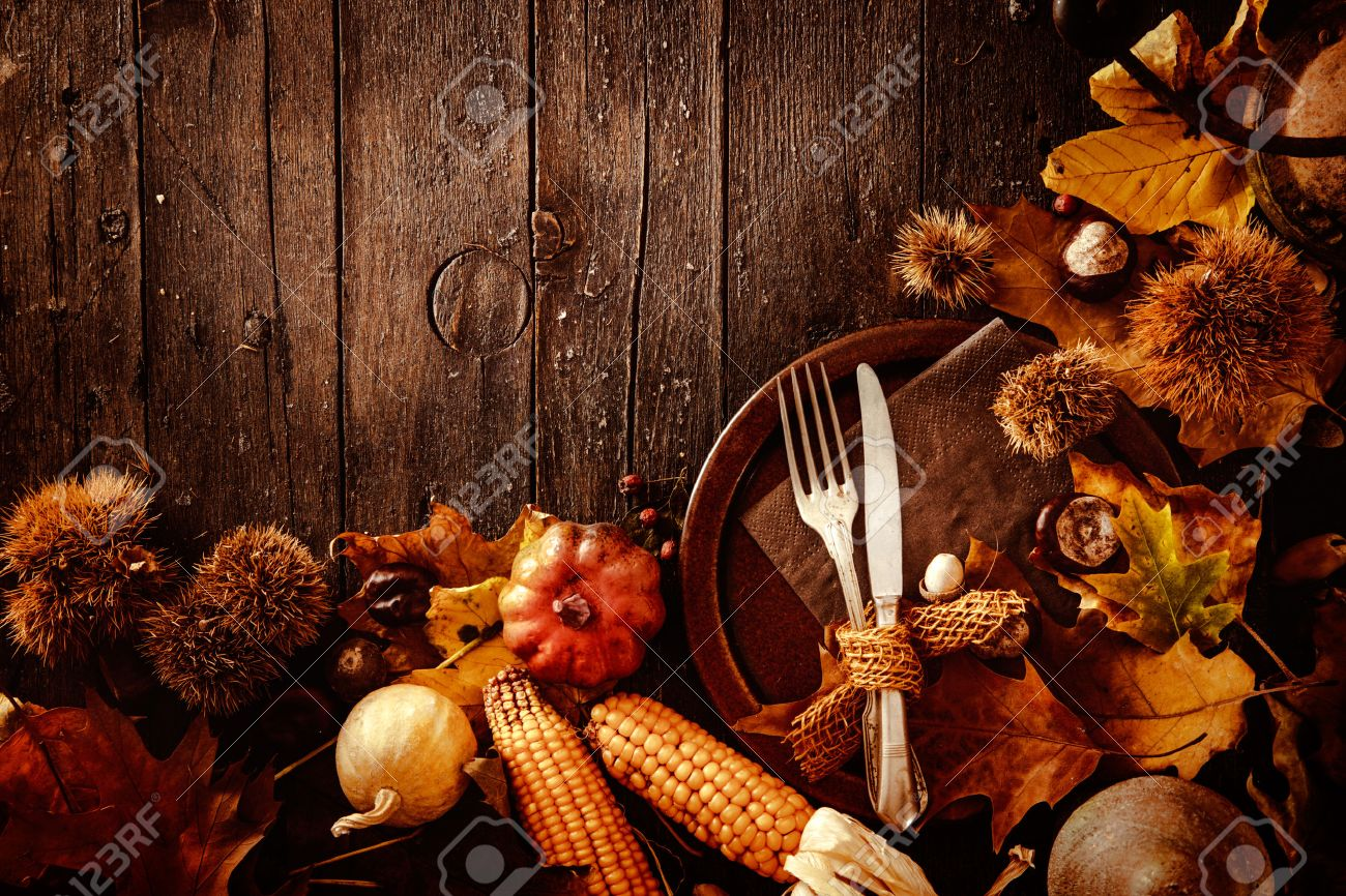 Thanksgiving dinner. Autumn fruit with plate and cutlery. Thanksgiving autumn background - 46774982