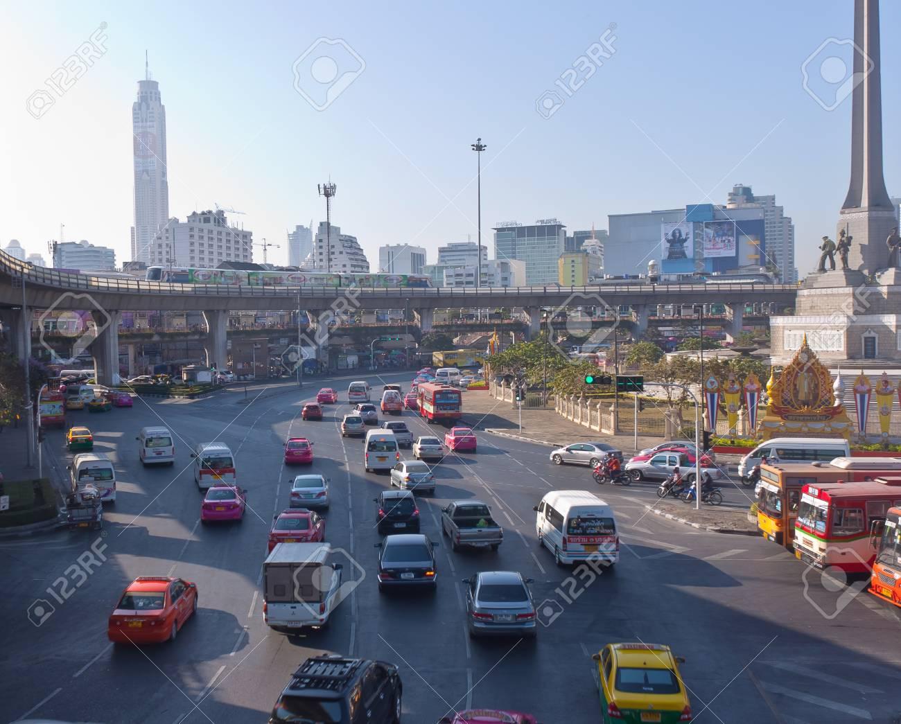 Bangkok, Thailand - December 30: The traffic around the Victory. Monument. In the heart of Bangkok on 30 December to July 2011 in Bangkok. Stock Photo - 11786277