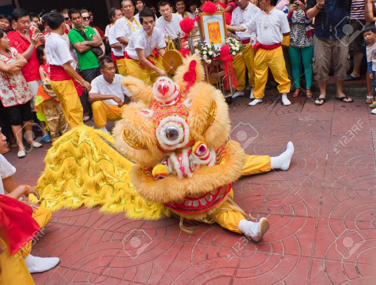 bangkokchinatownthailand february 10chinese new year traditions chinese new year