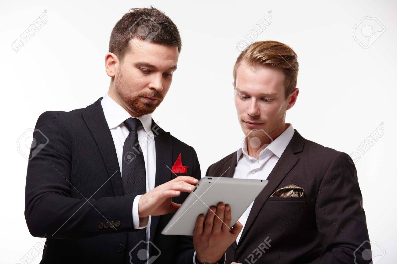 two businessman in negotiations - 37870039