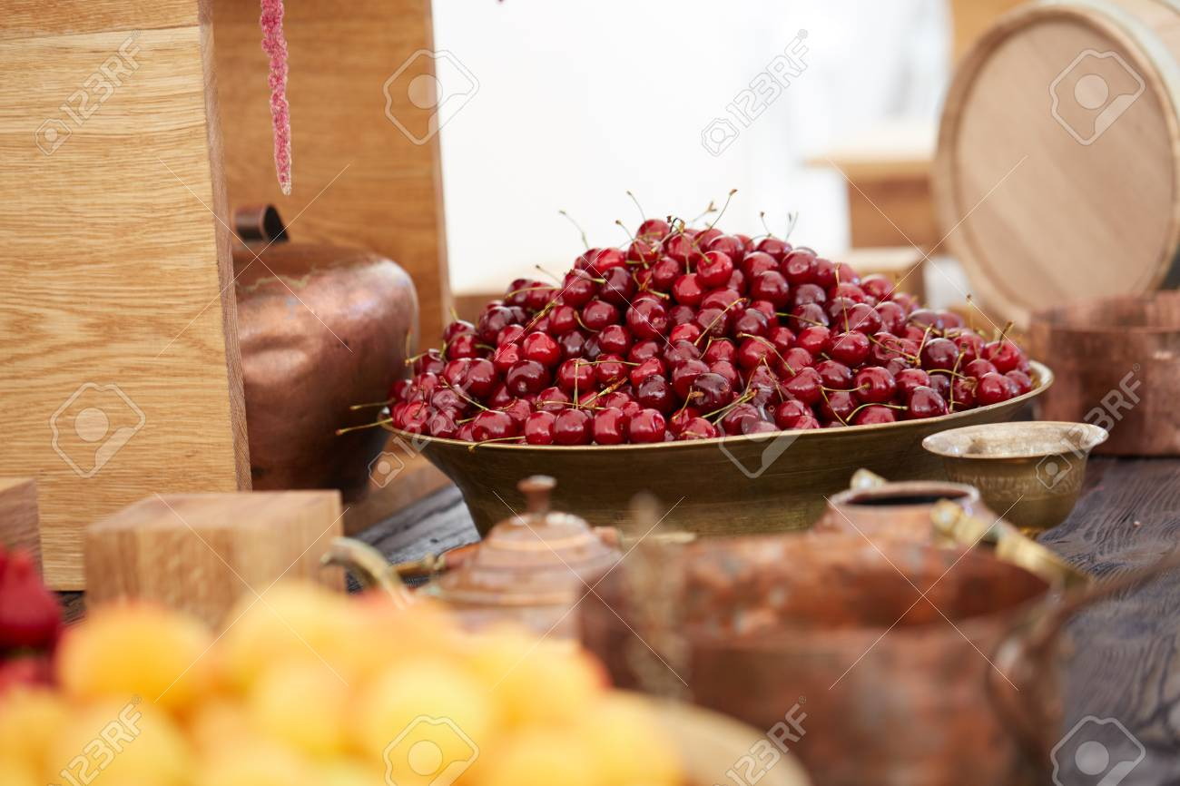 delicious, beautiful cherry in a large bowl - 82921300