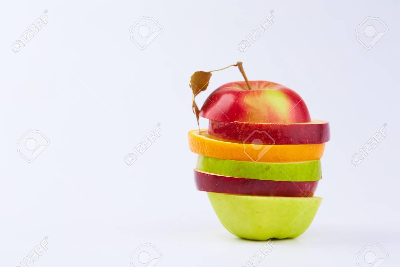 cut fruits - 82921374