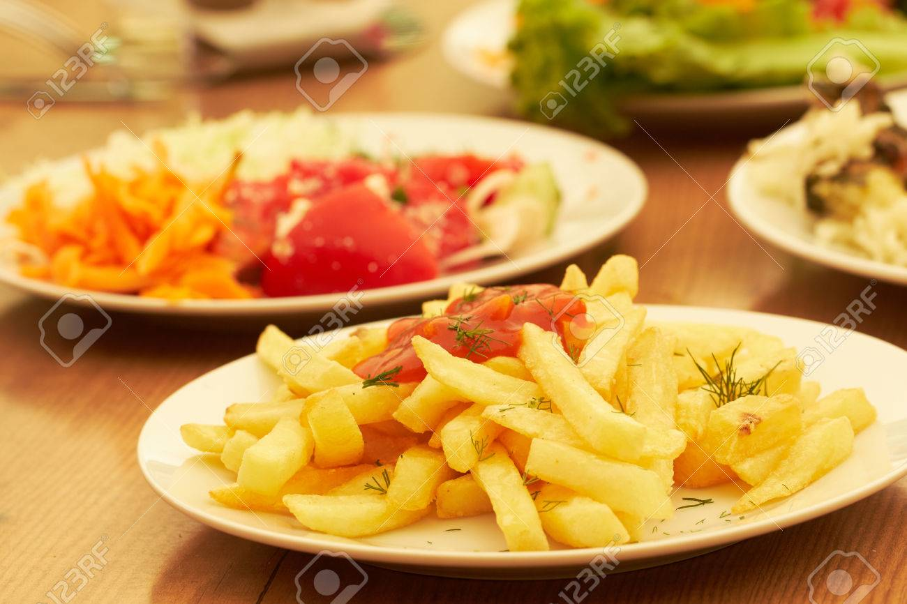 buffet in the hotel restaurant - 82922293