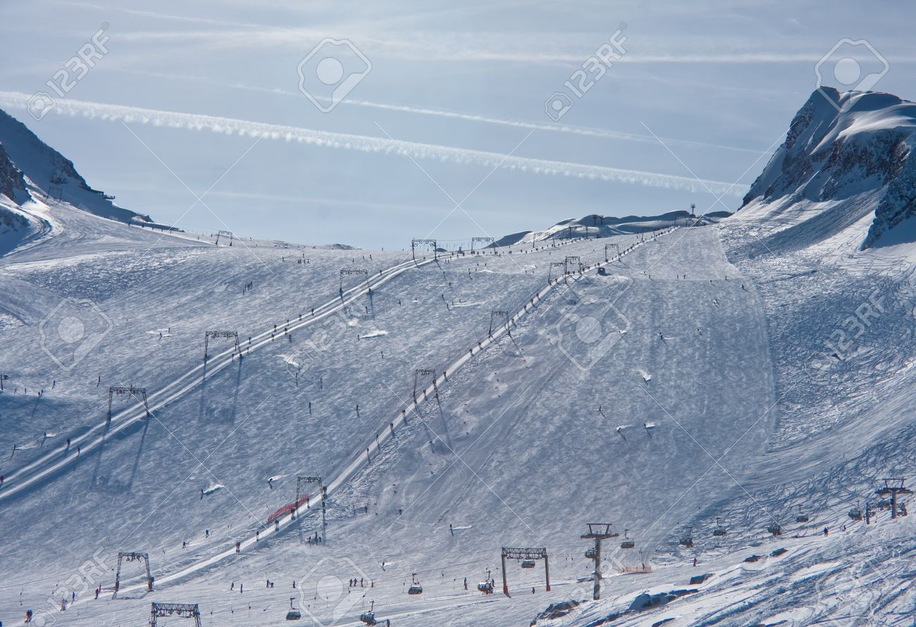ski resort of kaprun, kitzsteinhorn glacier. austria stock photo