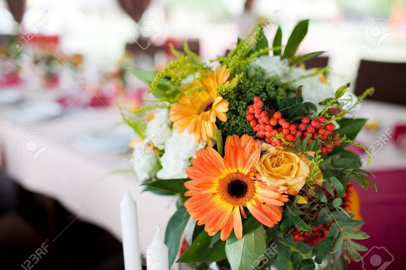 Wedding flowers - tables set for wedding Stock Photo - 11678140