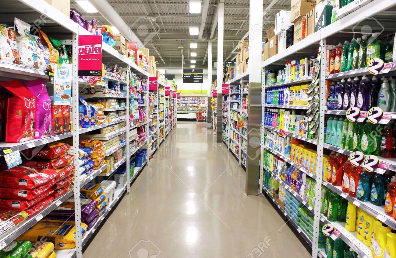 Supermarket shelves - 32402617
