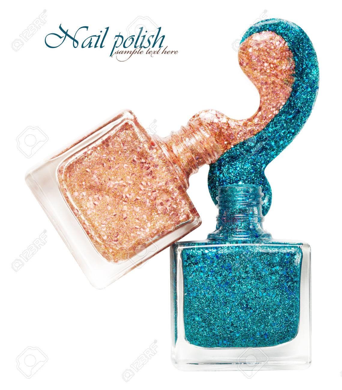 Two brilliant nail polish - 54039893