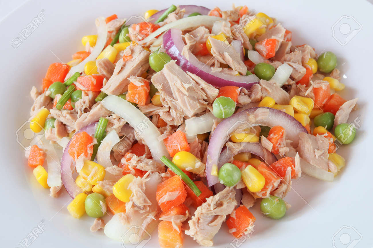 Tuna salad with vegetables close up.Homemade meal for good health and weight loss - 158834113