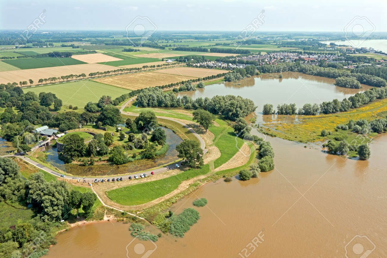 Aerial view from Fort Vuren near Woudrichem in the Netherlands in a flooded landscape - 172331715