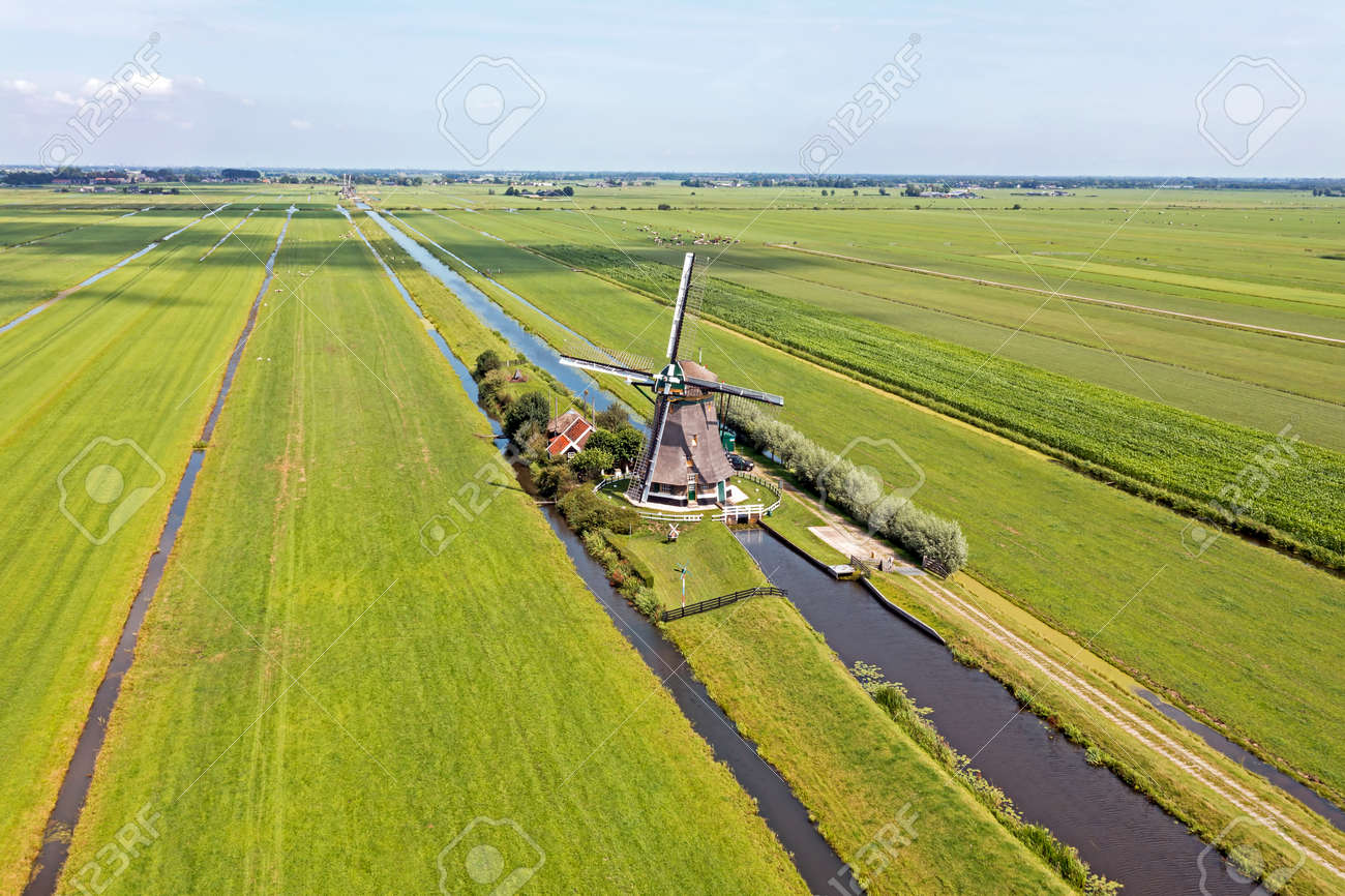 Aerial from one of four windmills of the Viermolengang, built in 1785 near Aarlanderveen in the Netherlands - 173318620