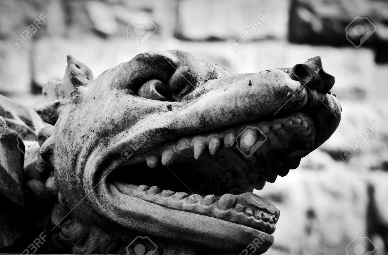 Ancient Style Sculpture Of Angry Wolf In Florence, Italy. Black ... for Angry Wolf Black And White  66plt