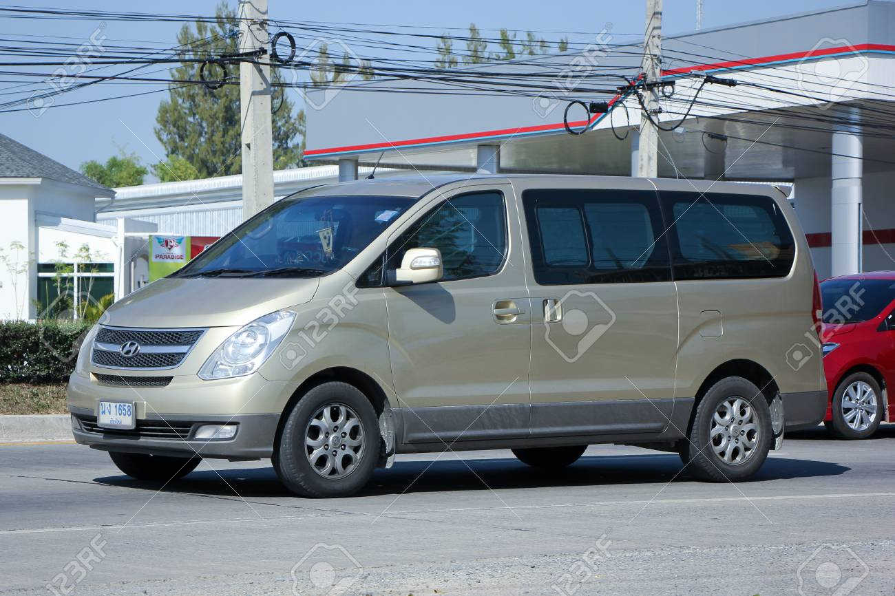 Chiangmai Thailand November 28 2015 Private Van Hyundai Stock