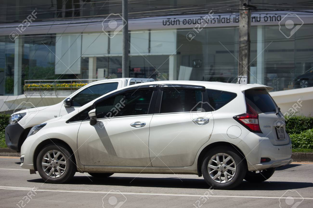 chiang mai, thailand - 6. oktober 2017: eigenes neues eco auto