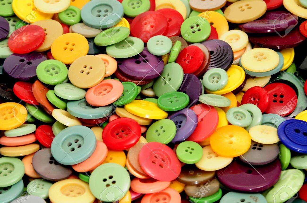closeup of a pile of buttons of many colors Stock Photo - 7114557