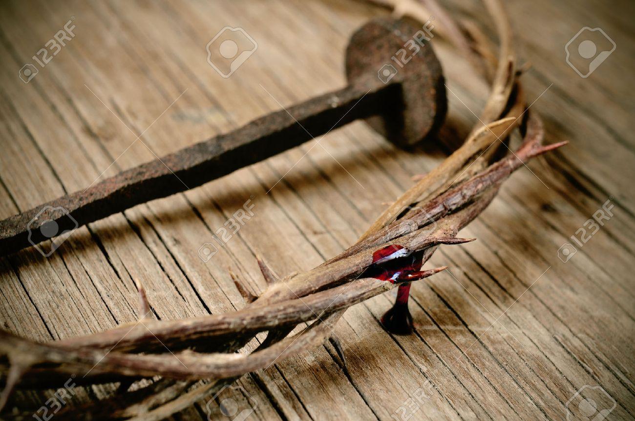Картинки по запросу терновый венок и исус