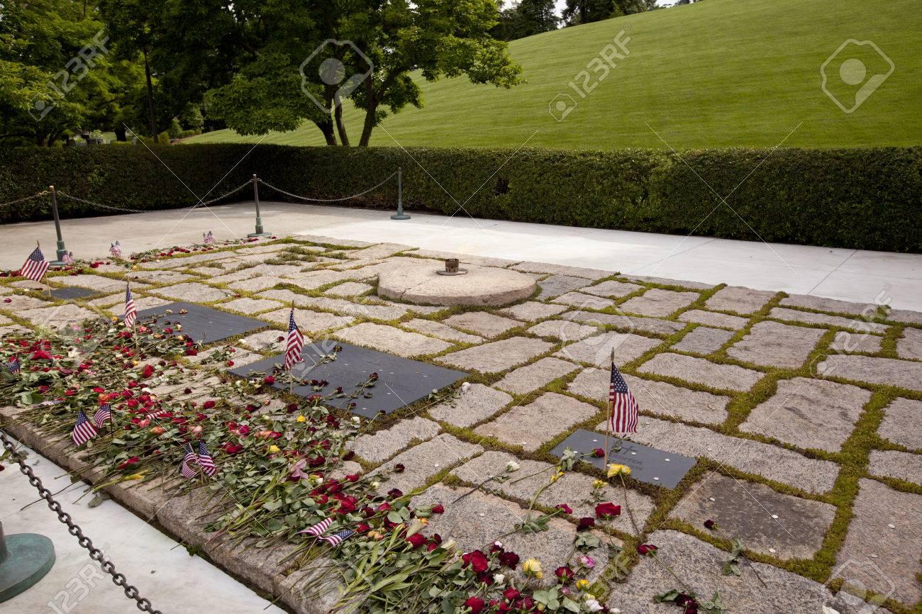 John Kennedy Und Jackie Oanasis Gräber Auf Arlington National