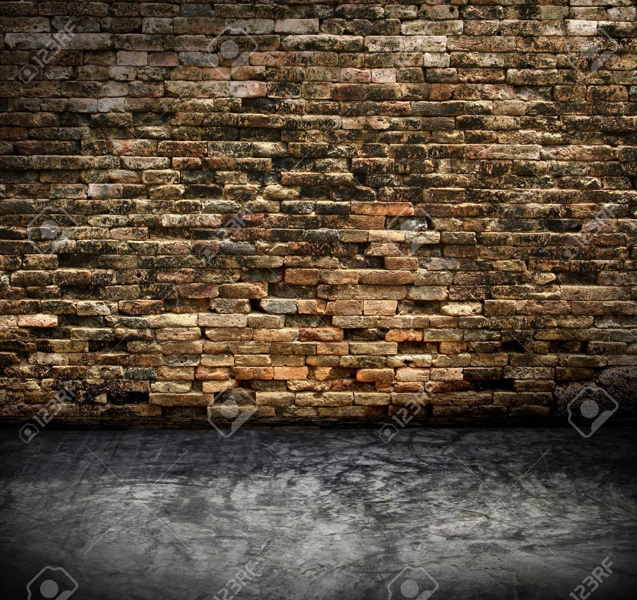 old grunge interior with brick wall Stock Photo - 17618235