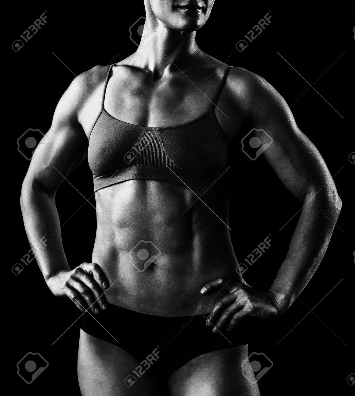 Фото мускулистых девушек в одежде 9 фотография